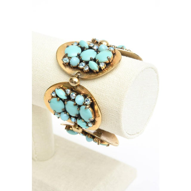 Modern Schiaparelli 5-Disc Cluster Faux Turquoise and Rhinestone Bracelet For Sale - Image 3 of 11