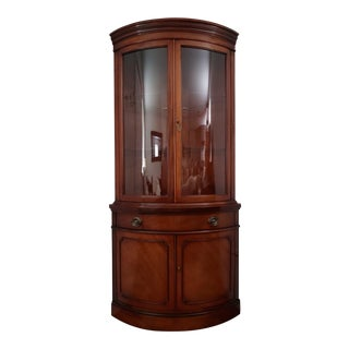 1950s Traditional Drexel Mahogany Bow Front Corner Curio Cabinet For Sale