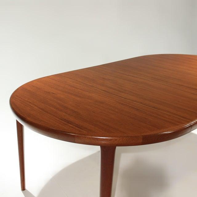 Burnt Umber Møller Model 71 & 55 Chairs and Vv Møbler Extension Table - 7 Piece Dining Set For Sale - Image 8 of 12