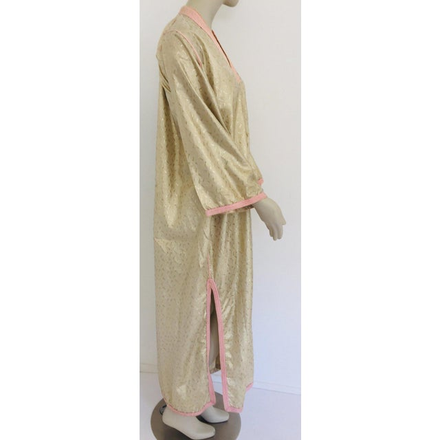 1970s Metallic Gold Moroccan Caftan, Kaftan Maxi Dress North Africa, Morocco For Sale In Los Angeles - Image 6 of 13