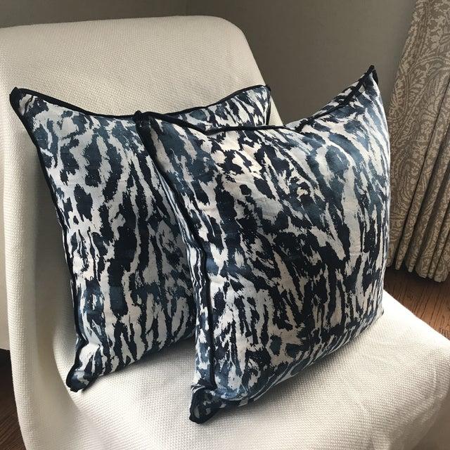"""Schumacher Schumacher """"Feline"""" Celerie Kemble Pillows - a Pair For Sale - Image 4 of 7"""