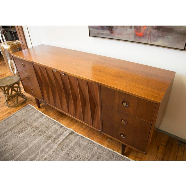 American of Martinsville Walnut Diamond Front Dresser For Sale In Chicago - Image 6 of 10