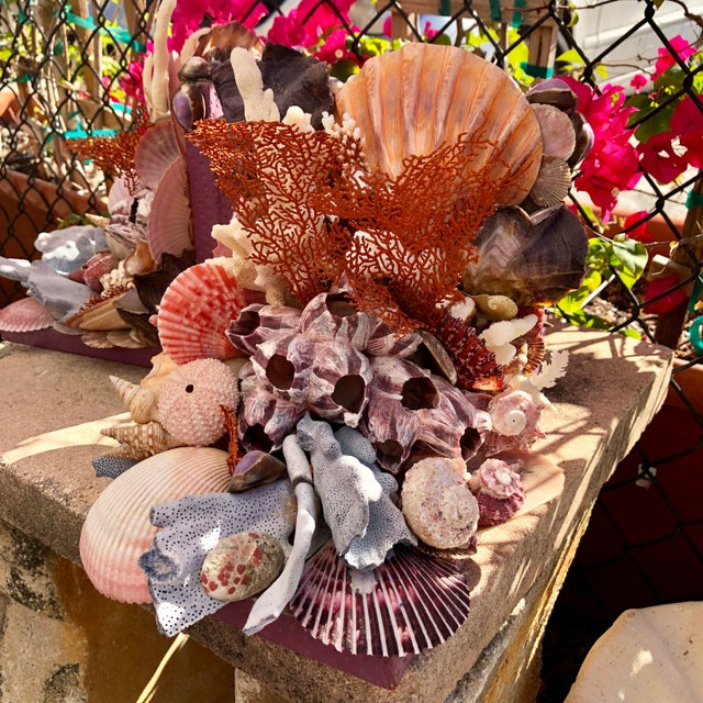2010s Seashell-Encrusted Bookends - A Pair For Sale - Image 5 of 8
