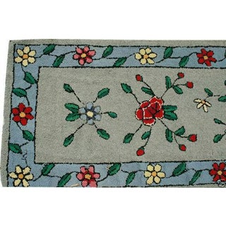 "1930s Antique American Floral Rug-2'2'x9'10"" Preview"