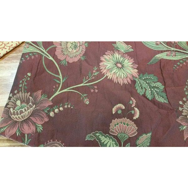 Traditional Gold & Red Fabric Valance For Sale - Image 3 of 13