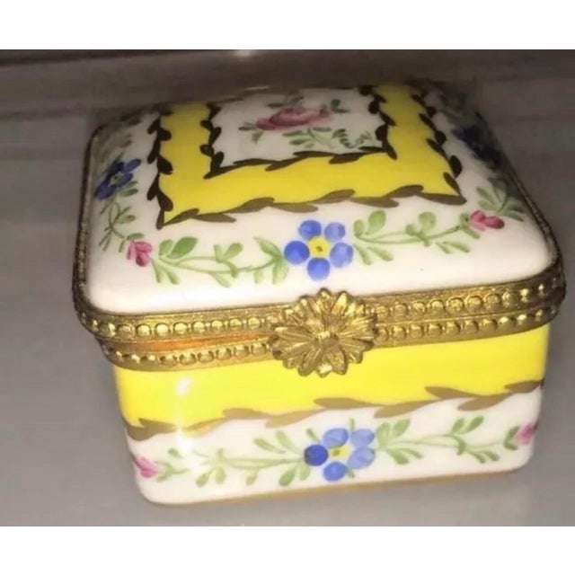 Vintage Limoges Yellow & White Floral Box For Sale - Image 9 of 13
