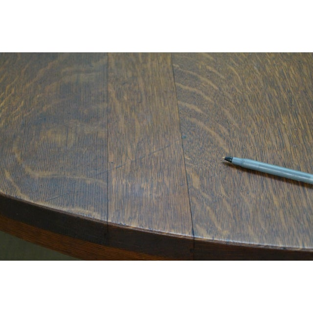 Antique Gustav Stickley Round Mission Oak Dining Table & 6 Leaves For Sale - Image 5 of 10