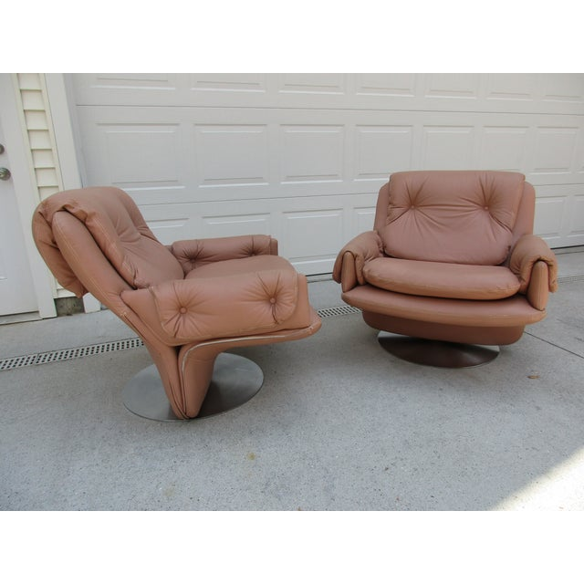 Mid-Century Modern Swivel Lounge Chairs on Unique Cantilever Base -A Pair For Sale - Image 13 of 13