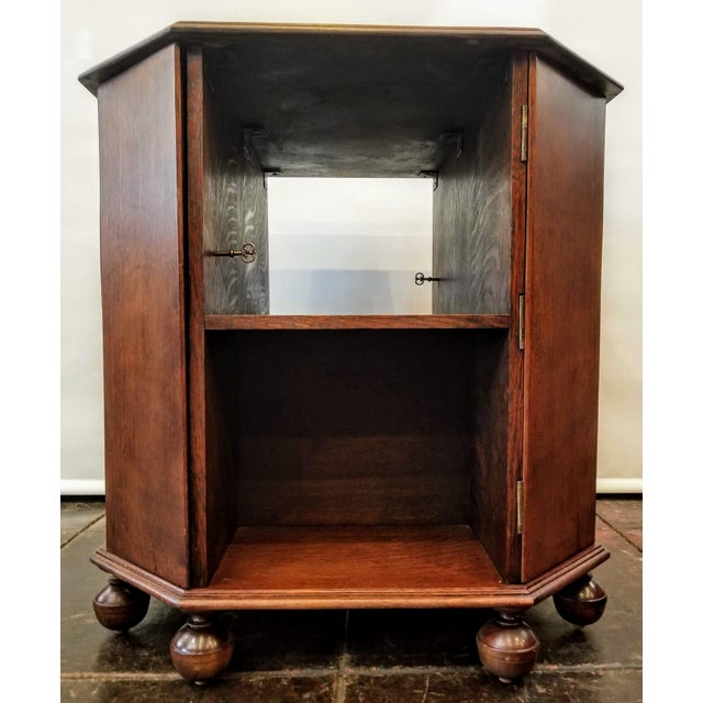 Art Deco 1920s Art Deco English Oak Drinks Cabinet / End Table / Bookcase by Heal & Son For Sale - Image 3 of 7