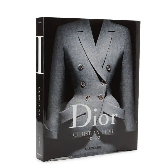 Dior Christian Dior 1947-1957 Coffee Table Book For Sale In New York - Image 6 of 6
