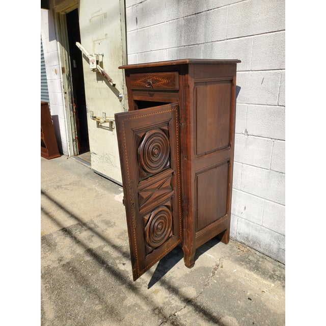 Late 19th Century Antique 19th Century Small Bonnetiere For Sale - Image 5 of 12