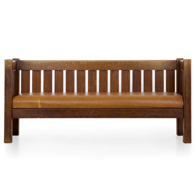 Arts & Crafts Mission Oak and Leather Hall Settle Settee Sofa, Early 20th Century For Sale - Image 13 of 13