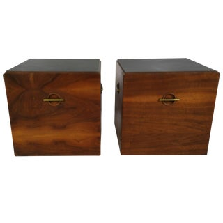 Mid-Century Minimalist Cube Tables or Nightstands in Walnut and Brass by Lane - a Pair For Sale