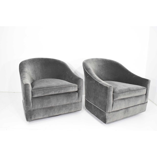 1950s Pair of Harvey Probber Swivel Lounge Chairs For Sale - Image 5 of 8