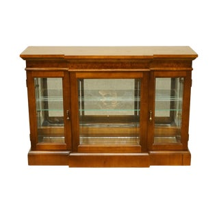 20th Century Traditional Pulaski Furniture Walnut Low Breakfront Curio Display Case For Sale