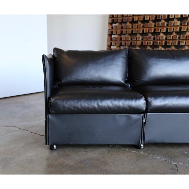 1980s Vintage Leather Landeau Sofa by Mario Bellini for Cassina For Sale In Los Angeles - Image 6 of 12