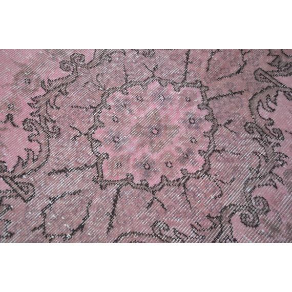 Textile 1960s Vintage Turkish Pink Rug - 5′4″ × 8′8″ For Sale - Image 7 of 10