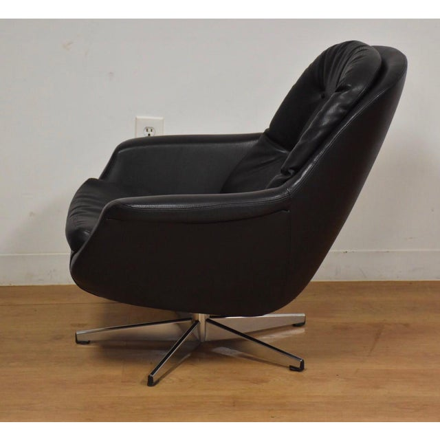 1960s Black & Chrome Mid Century Lounge Chair For Sale - Image 5 of 9