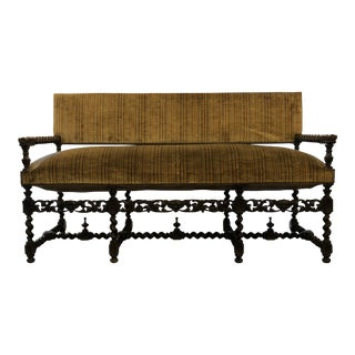Late 19th Century Louis XIII Style Walnut Banquette For Sale