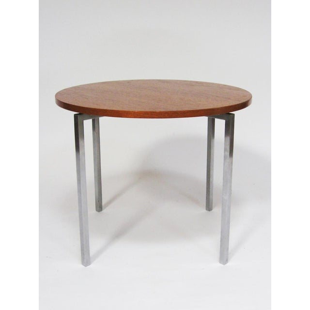 Industrial Florence Knoll side/ end table by Knoll For Sale - Image 3 of 8