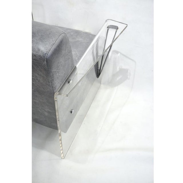 2010s Bespoke Modernist Lucite Acrylic Lounge Armchair - in Showroom For Sale - Image 5 of 12