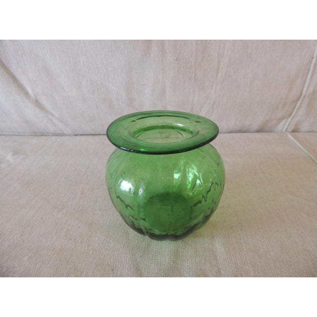 Vintage Emerald Green Bulbous Flower Vase Very organic. Size: 4.5 x 3.75 x 3.75