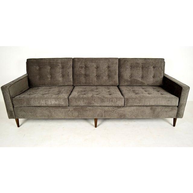 Stylish Mid-Century Modern Three Person Sofa - Image 3 of 7