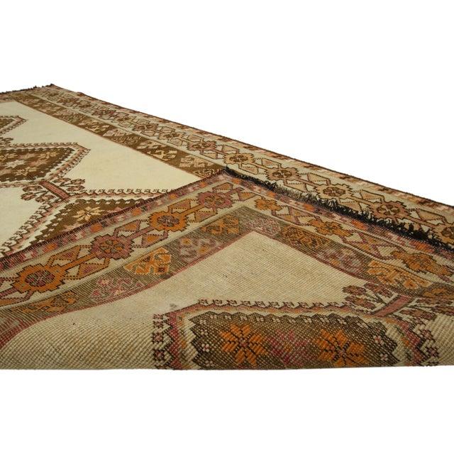 "Vintage Persian Shiraz Rug - 3'9"" X 6'8"" For Sale - Image 4 of 5"