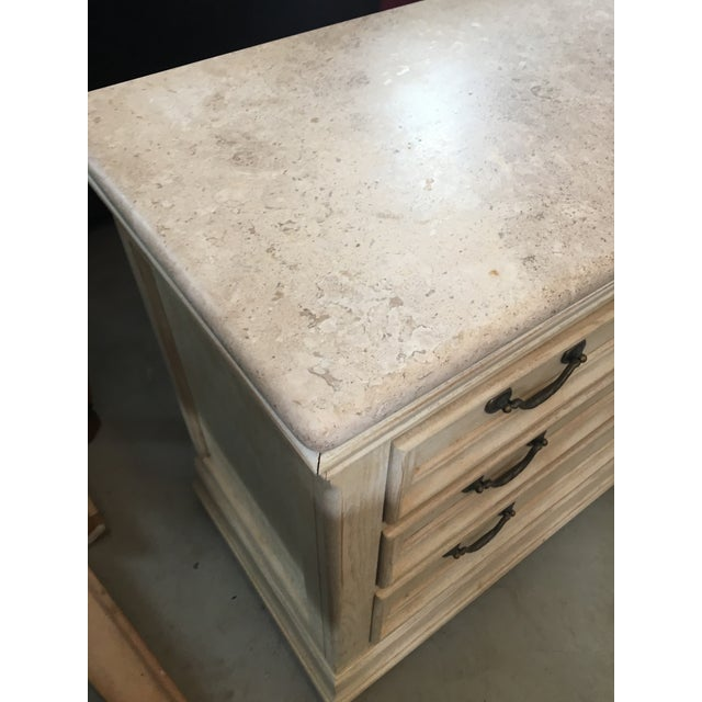 Traditional 1990s Traditional Bernhardt Granite Top Bachelors Chest For Sale - Image 3 of 4