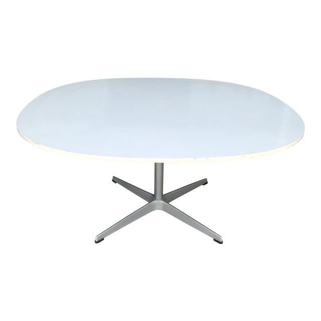 Arne Jacobsen Fritz Hansen Coffee Table For Sale