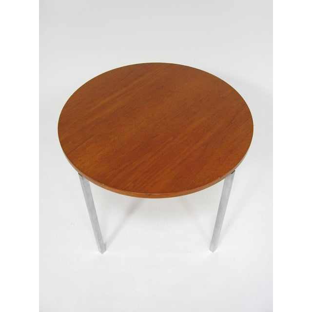 1950s Florence Knoll side/ end table by Knoll For Sale - Image 5 of 8