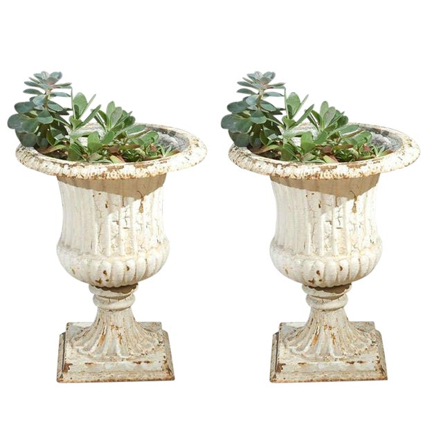 Pair of Painted 19th Century English Cast Iron Urns With Fluted Bodies For Sale