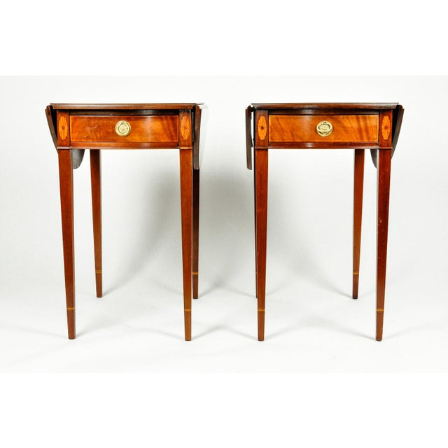 Late 19th Century Pair of Cherry and Satinwood Pembroke Drop Leaf Side Tables For Sale - Image 5 of 10