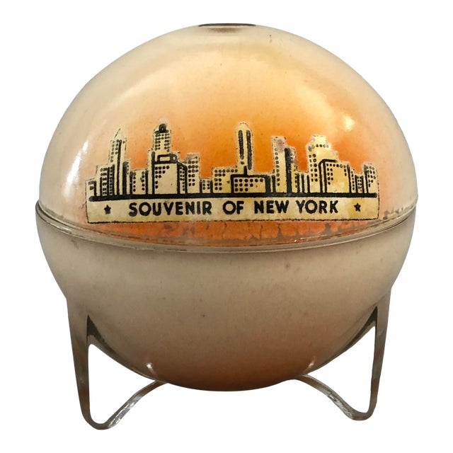 1930s Art Deco New York Souvenir Decorative Box For Sale