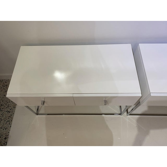 Bedside Tables Nightstands in White Lacquer by Rougier - a Pair For Sale In West Palm - Image 6 of 13