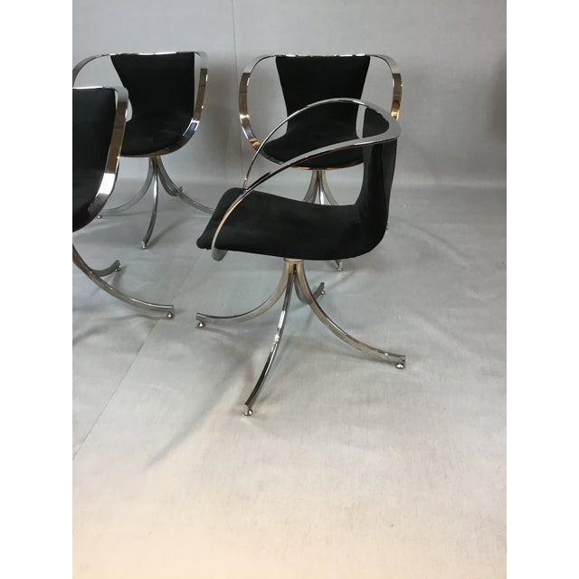 Contemporary Modern Black & Chrome Swivel Chairs - Set of 4 For Sale - Image 3 of 4