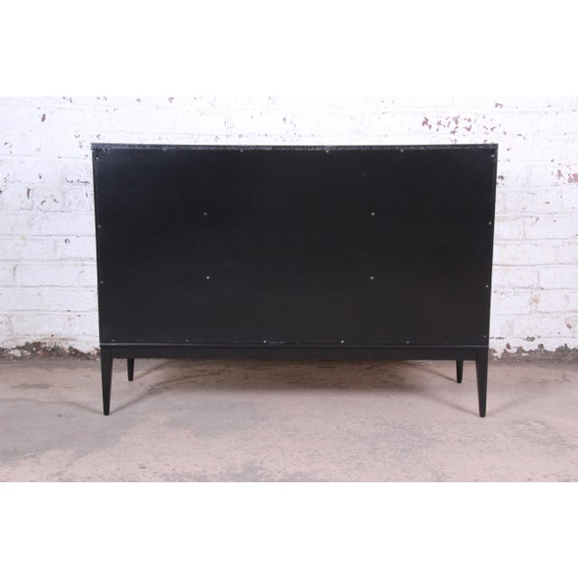 Paul McCobb Planner Group Mid-Century Modern Black Lacquered Six-Drawer Dresser, Newly Restored For Sale - Image 11 of 13