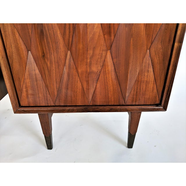 Albert Parvin Diamond Front Sculpural Nightstands - A Pair For Sale In Miami - Image 6 of 9