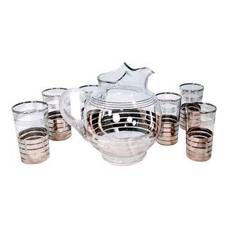 Vintage Dorothy Thorpe Platinum Silver Stripe Pitcher Glasses Barware - 7 Piece Set For Sale