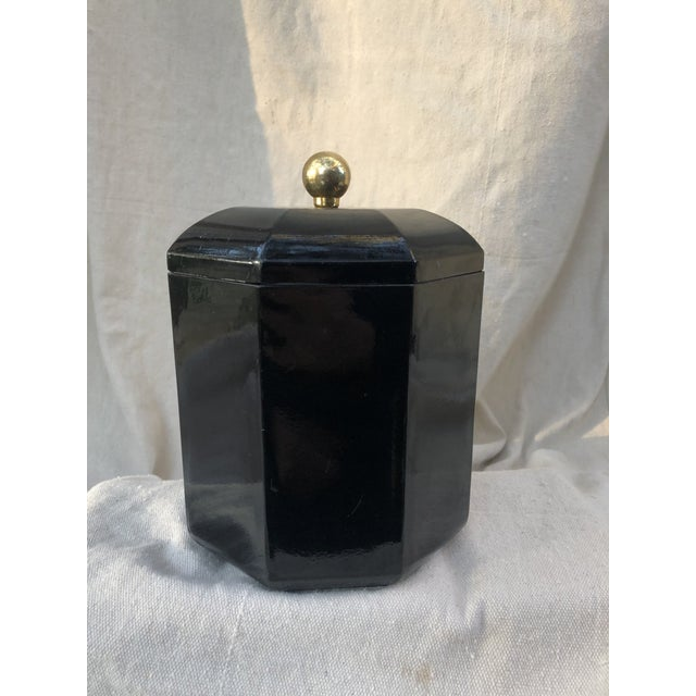 Black Mid 20th Century Black Lacquer Octagonal Ice Bucket For Sale - Image 8 of 8