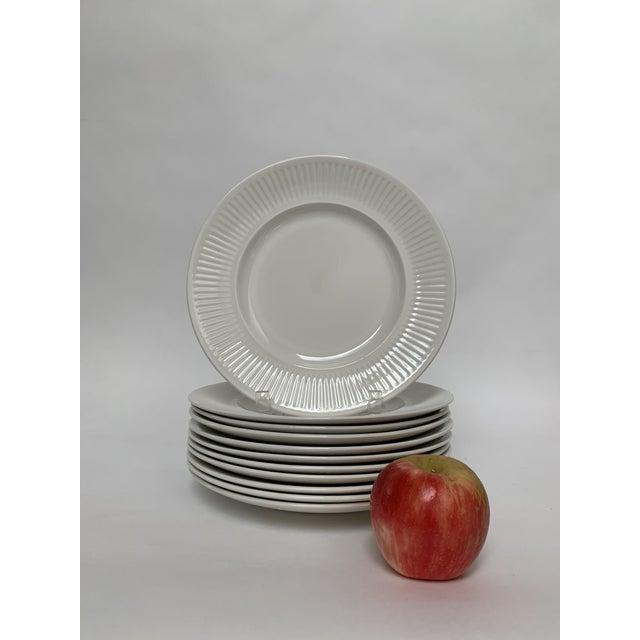 Ceramic Final Markdwon 1960s Johnson Brothers White Ironstone Dinner Plates - Set of 11 For Sale - Image 7 of 12