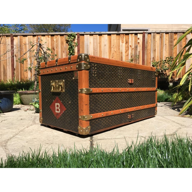 Wood 1930s Traditional Goyard Steamer Trunk For Sale - Image 7 of 13