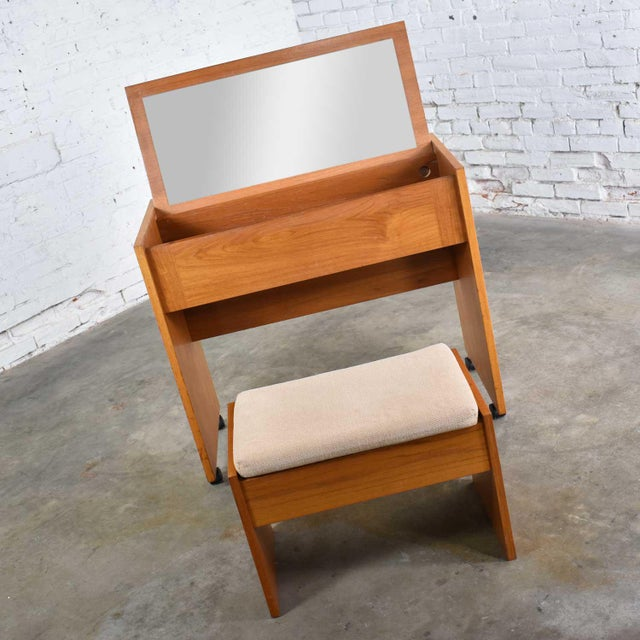 Late 20th Century Vintage Scandinavian Modern Teak Flip Open Rolling Make Up Vanity W/ Mirror and Bench For Sale - Image 5 of 13