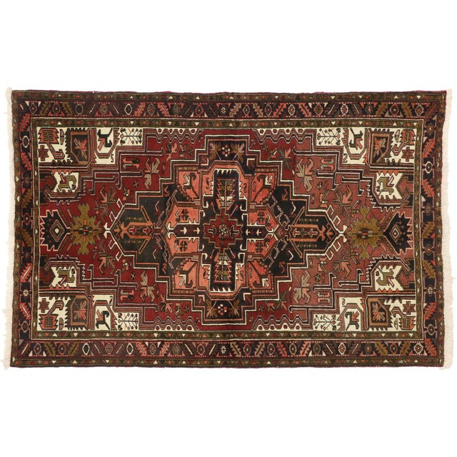 75299 Vintage Persian Heriz Rug with Mid-Century Modern Style 04'10 x 07'06. With timeless appeal, refined colors, and...