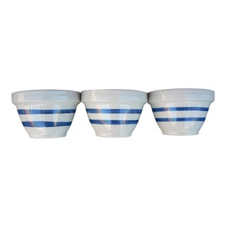 Striped Traditional Mixing Bowls - Set of 3 For Sale