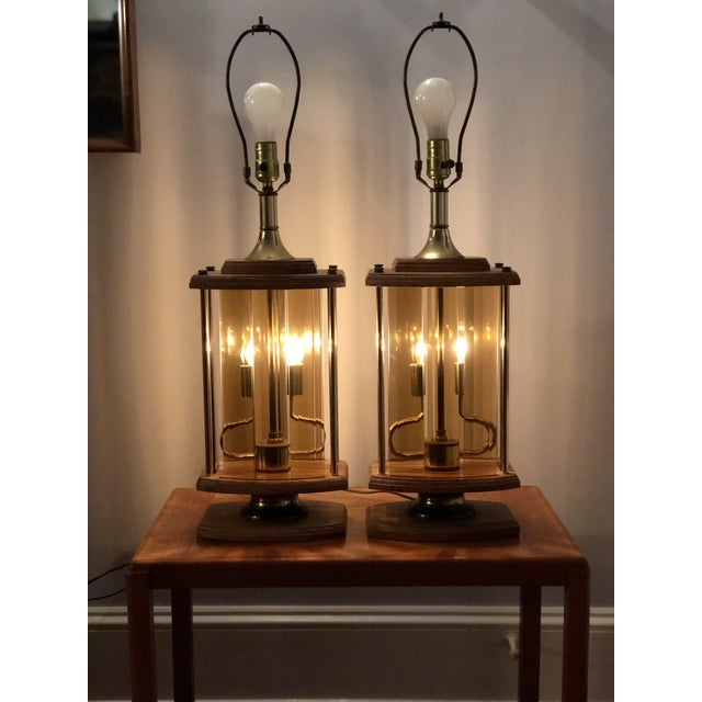 1970s Mid Century Modern Smoked Beveled Pane Wood Lamps - a Pair For Sale In New York - Image 6 of 6