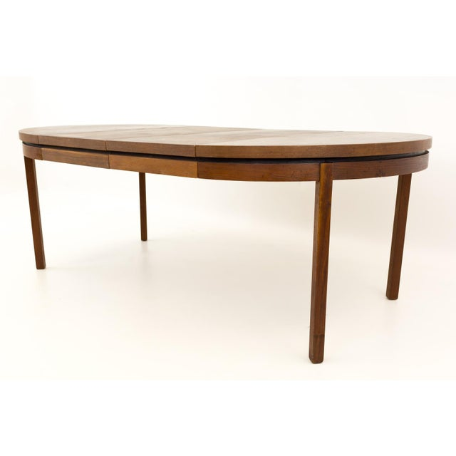 Mid-Century Modern Mid Century Modern Milo Baughman for Dillingham Esprit Round Dining Table For Sale - Image 3 of 13