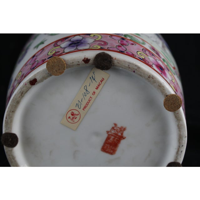 Pink Early 20th Century Antique Chinese Pink Vase For Sale - Image 8 of 10