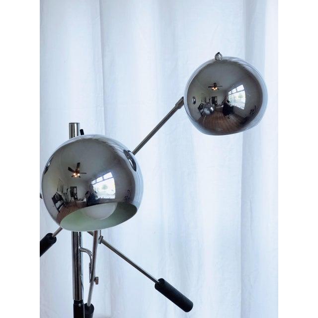 Mid-Century Modern 3 Arm Chrome Eyeball Floorlamp With Italian Marble Base For Sale - Image 3 of 7