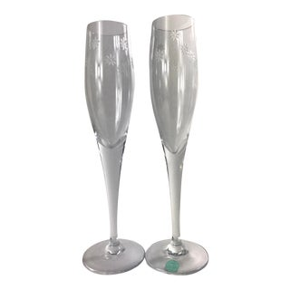Vintage Tiffany & Co Daisy Cut Crystal Champagne Flutes - a Pair For Sale